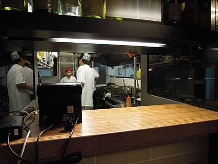 二樓廚房之熱食區