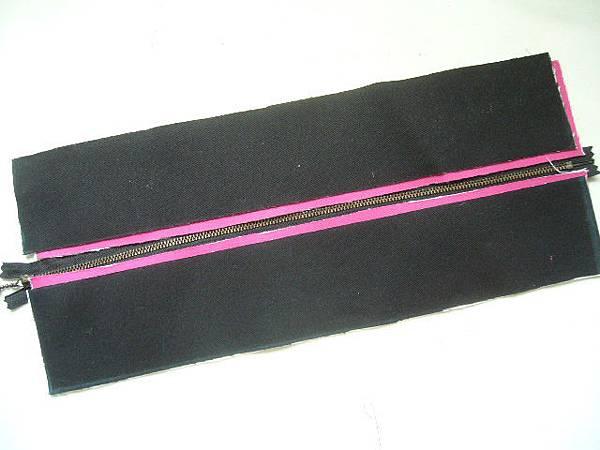 P1590549
