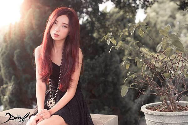 2014 秋冬全新魅力 奪目色彩 珊瑚紅+情迷深紫色08