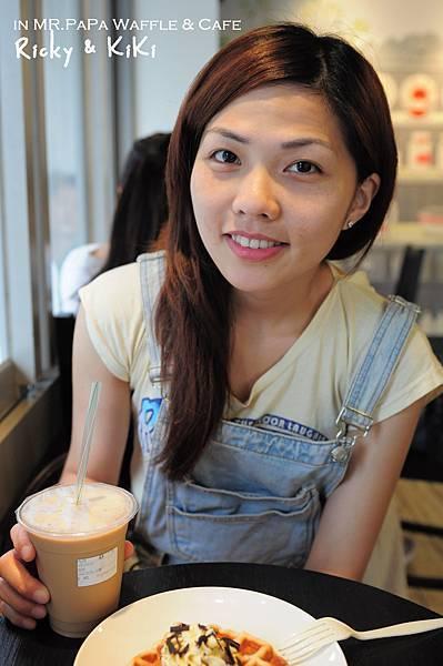 MR.PAPA waffle & cafe