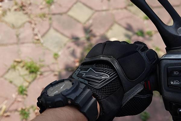 ALPINESTARS 夏季手套
