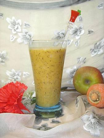 生機飲食打果汁