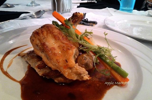1425212103 1277593731 - 藍洞義式廚房@紅磚屋內的微妙空間 還有豐盛的自助式沙拉吧 勤美誠品商圈特色餐廳