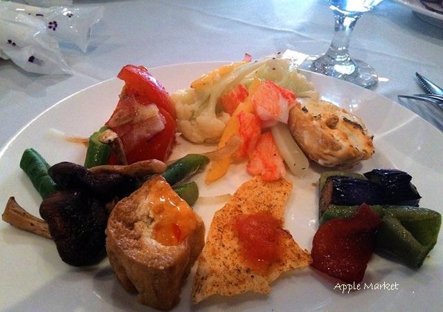 1425212103 168436199 - 藍洞義式廚房@紅磚屋內的微妙空間 還有豐盛的自助式沙拉吧 勤美誠品商圈特色餐廳