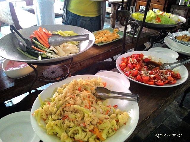 1425212103 2325983588 - 藍洞義式廚房@紅磚屋內的微妙空間 還有豐盛的自助式沙拉吧 勤美誠品商圈特色餐廳