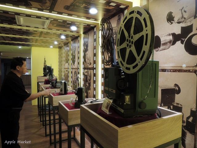 1438170633 1726001595 - 萬代福影城@不只有電影還有館長的私人收藏 為台灣的電影文化貢獻心力 深具傳承歷史的電影文物館