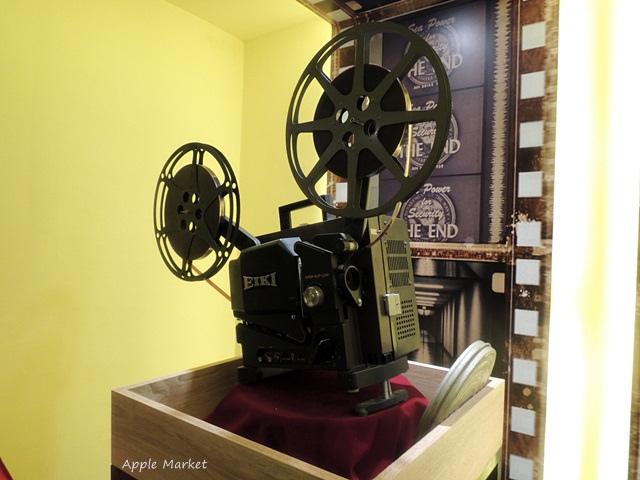 1438170633 1796946834 - 萬代福影城@不只有電影還有館長的私人收藏 為台灣的電影文化貢獻心力 深具傳承歷史的電影文物館