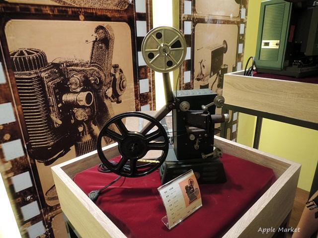 1438170633 2518509947 - 萬代福影城@不只有電影還有館長的私人收藏 為台灣的電影文化貢獻心力 深具傳承歷史的電影文物館