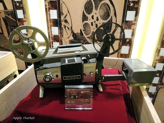 1438170633 2746445808 - 萬代福影城@不只有電影還有館長的私人收藏 為台灣的電影文化貢獻心力 深具傳承歷史的電影文物館