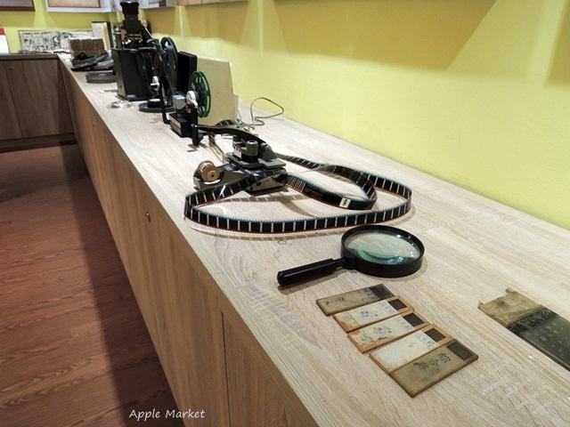 1438170633 3476937261 - 萬代福影城@不只有電影還有館長的私人收藏 為台灣的電影文化貢獻心力 深具傳承歷史的電影文物館