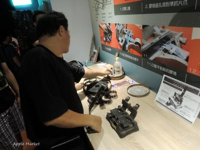 1438182230 1780706109 - 萬代福影城@不只有電影還有館長的私人收藏 為台灣的電影文化貢獻心力 深具傳承歷史的電影文物館