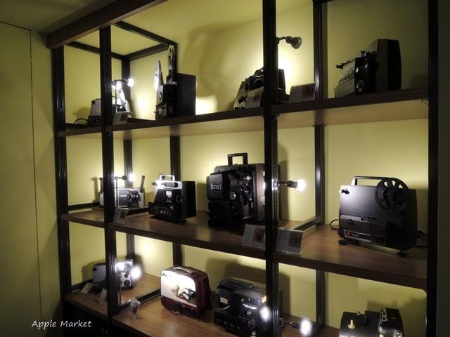 1438182230 269665390 - 萬代福影城@不只有電影還有館長的私人收藏 為台灣的電影文化貢獻心力 深具傳承歷史的電影文物館