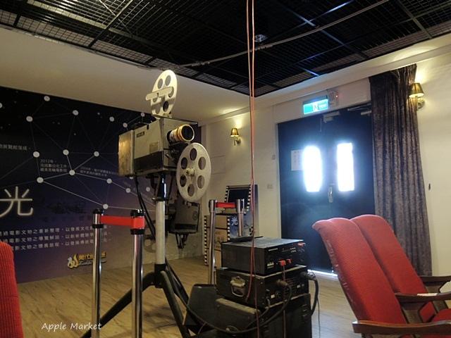 1438219953 3771505298 - 萬代福影城@不只有電影還有館長的私人收藏 為台灣的電影文化貢獻心力 深具傳承歷史的電影文物館