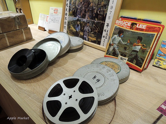 1438241019 32078682 - 萬代福影城@不只有電影還有館長的私人收藏 為台灣的電影文化貢獻心力 深具傳承歷史的電影文物館