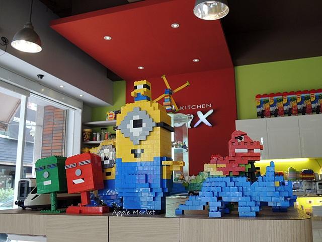 1440768036 3625719937 - 瑪客思廚房@台中親子餐廳推薦 不只有樂高積木可以玩 還有樂高積木兒童餐(已歇業)