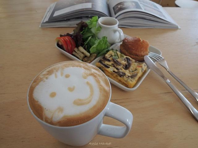 1446385832 648367604 - Café Paper Flight紙飛機@極簡風氣質小店 簡約早餐盤讓人很喜歡 可以悠閒閱讀 也能輕鬆聊聊(已歇業)
