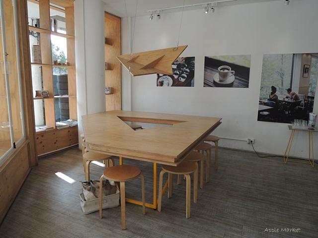 1446385832 832024632 - Café Paper Flight紙飛機@極簡風氣質小店 簡約早餐盤讓人很喜歡 可以悠閒閱讀 也能輕鬆聊聊(已歇業)