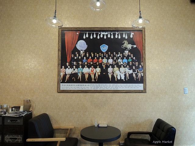 1451788978 2442080117 - 幕比電影主題咖啡@科博館植物園旁平價早午餐 80元起還附沙拉和飲品 上海懷舊風格香港電影黃金時期的主題咖啡館