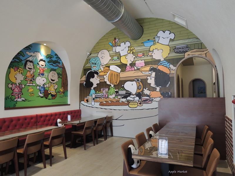 1452141214 4280854937 - 查理布朗咖啡Charlie Brown Café@萬國旅行風格台中店 真實感受漫畫人物的歡樂氣氛 大人小孩都喜歡