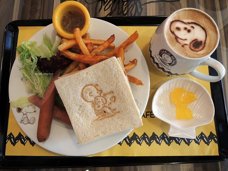 1452141215 950358627 - 查理布朗咖啡Charlie Brown Café@萬國旅行風格台中店 真實感受漫畫人物的歡樂氣氛 大人小孩都喜歡