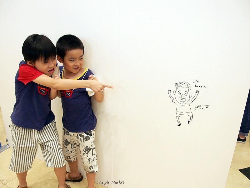 1467274251 271631955 - 中友百貨創意設計展 集結國內知名人氣插畫家創意圖文作品 和生動有趣又搞笑的插畫合影留念 週末還有插畫家們的見面會 即日起至7/11止 活動展期有兩週喔