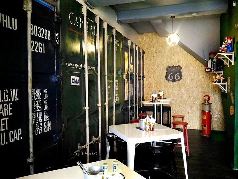 1488204547 791869344 - Root caf'e(鹿特)@北屯新開張老屋咖啡館 鋼鐵時尚正流行 復古空間混搭貨櫃牆 水湳市場旁