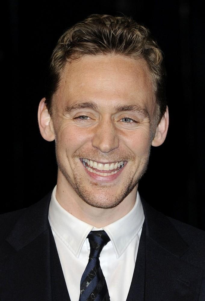 Tom+Hiddleston+Life+Pi+UK+Premiere+cjlfgtI9dzGx