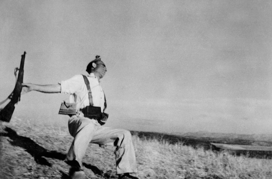 Robert Capa-SPAIN. Cordoba front. September, 1936. Death of a loyalist militiaman