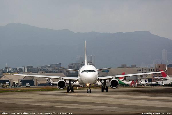 1 B-22610.JPG