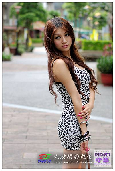 nEO_IMG_KIN_7244