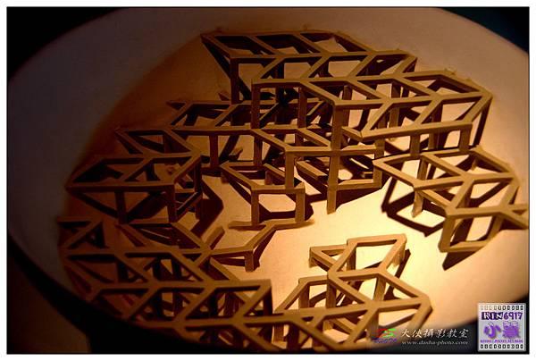器皿與立方體