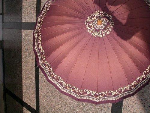 4. 粉紅 + 花紋