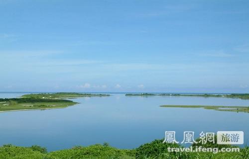 東沙島淺湖.jpg