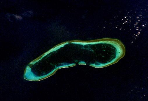 西沙光華礁衛星DiscoveryReef.jpg