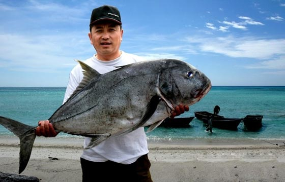 西沙釣大魚.jpg
