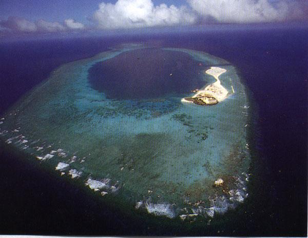 南沙彈丸礁2a.jpg
