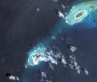 南沙南子島與北子島衛星圖.jpg