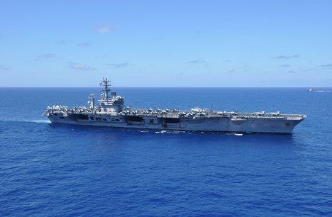 Nimitz 美國航母在南海演習.jpg