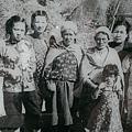 趙一萩與原住民.jpg