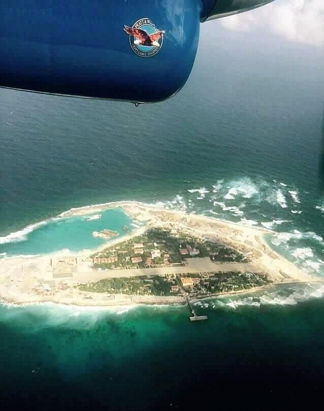越佔南威島航拍.jpg