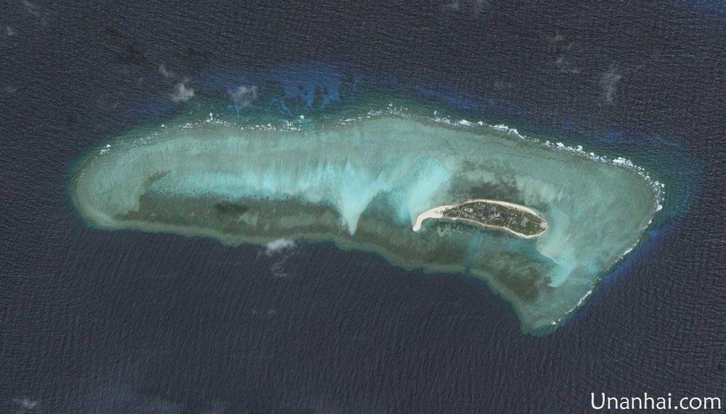 越佔鴻庥島礁盤.jpg