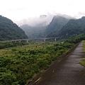 從雪霸汶水中心遠望中豐公路的汶水橋及山景.jpg