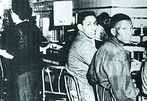 1958-60年 食肆靜坐運動 北卡羅來納州食肆拒絕招待黑人,黑人發起到食肆靜坐運動,其後蔓延至全國