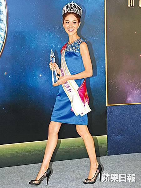 獲得逾17萬觀眾選票的港姐冠軍陳凱琳,昨接受訪問時談及普選等政治問題。陳俊強攝
