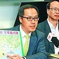 梁繼昌(左)要求港府定期匯報廣東省核電項目的安全審查詳情。