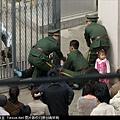 """朝鮮""""脫北者""""闖日本駐瀋陽使館尋求庇護遭中共攔截!"""