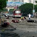 9月9日晨,廣西省桂林市靈川縣一學校門前發生爆炸事故,一輛正在行駛的三輪車突然發生起火爆炸,強烈爆炸導致現場至少2人死亡,23人受傷。(大紀元資料室)