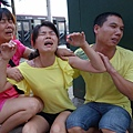 湖南7歲童被虐殺 頭裂皮扒藏屍化糞池,何宇琦的父母看到兒子慘死痛不欲生。(大紀元資料室)