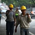 外媒:經濟反彈短命 中共走回投資老路拖日子