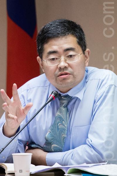 中國家庭教會代表牧師郭寶勝強調,三自教會接受共產黨領導,實際上他們來台就是中共的一個政治任務。(陳柏州 /大紀元)